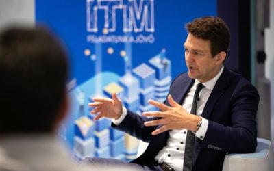 Mai zártkörű videó konferenciánkon Dr. György László, gazdaságstratégiáért és szabályozásért felelős államtitkár (ITM) volt a vendégünk.